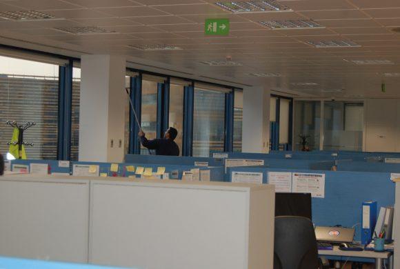 Limpieza de comunidades de propietarios en madrid emsal for Limpieza oficinas